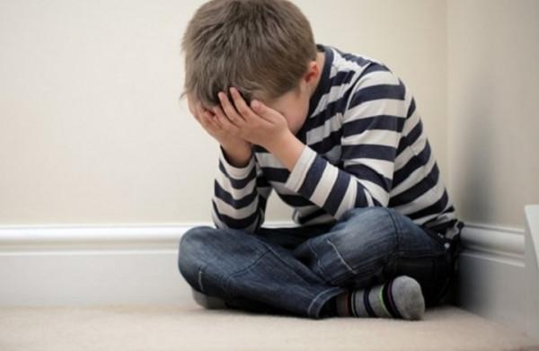 مصرية تهتك عرض طفل وتحرق أعضائه التناسلية