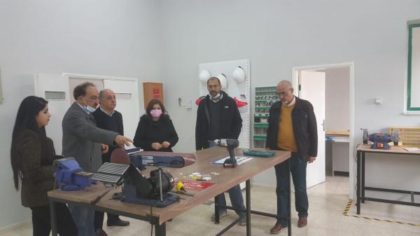 الحاضنة الفلسطينية وجمعية الشبان المسيحية توقعان مذكرة تفاهم لتنفيذ برامج تدريبية للطلبة
