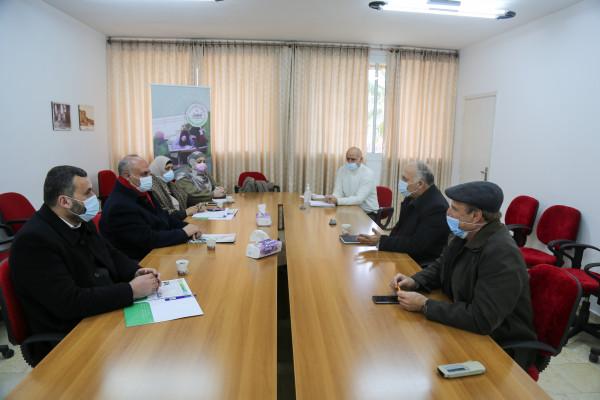 جامعة الخليل تستقبل وفداً من لجنة إعمار الخليل