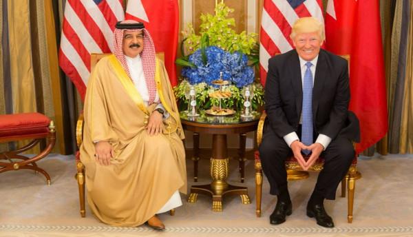 ترامب يمنح ملك البحرين وسام الاستحقاق برتبة قائد أعلى
