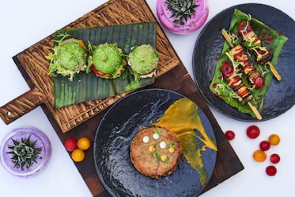 أشهى قوائم الطعام النباتية بمطعمي أكيرا باك ومطعم LIV خلال الشهر العالمي للنباتيين