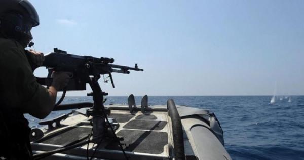 بحرية الاحتلال تُهاجم الصيادين في بحر غزة