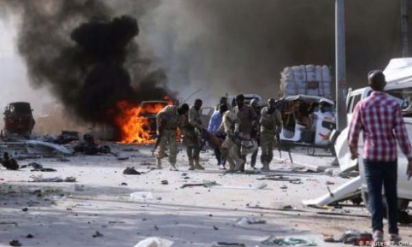 مقتل أربعة أشخاص إثر انفجار لغم أرضي في العاصمة مقديشو