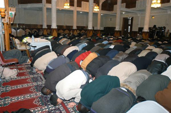 """""""الأوقاف"""" بغزة تصدر تعليماتها بشأن إقامة صلوات الجمعة في المساجد"""