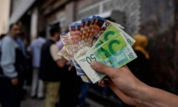 اعتباراً من بداية العام المقبل.. وزارة العمل ترفع الحد الأدنى للأجور في فلسطين