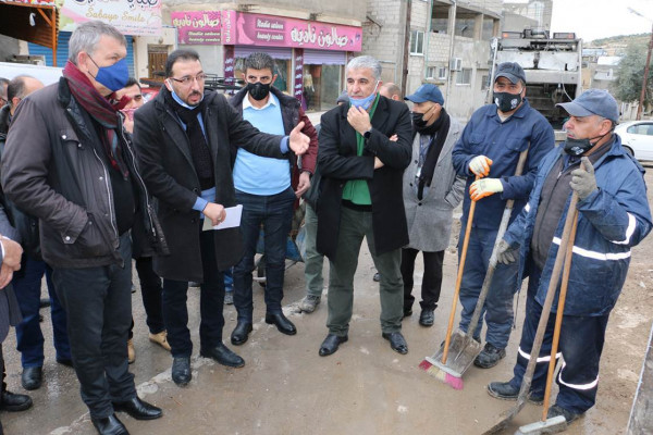 المفوض العام لـ(أونروا) يزور مخيمي جرش وسوف ويستعرض وضع اللاجئين الفلسطينيين