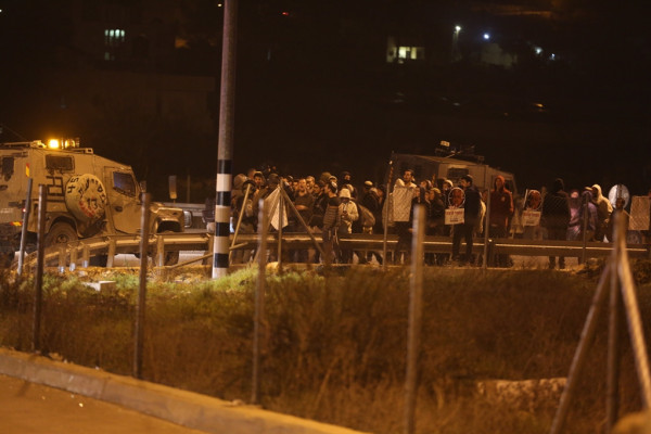 بيت لحم: مستوطنون يغلقون مفترق (غوش عتصيون) ومواجهات في بيت فجار
