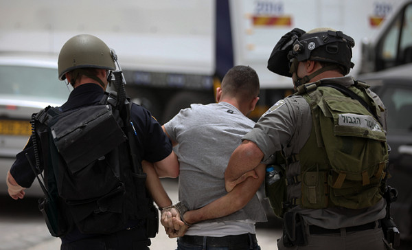 الاحتلال يعتقل ثلاثة مواطنين من قباطية جنوب جنين