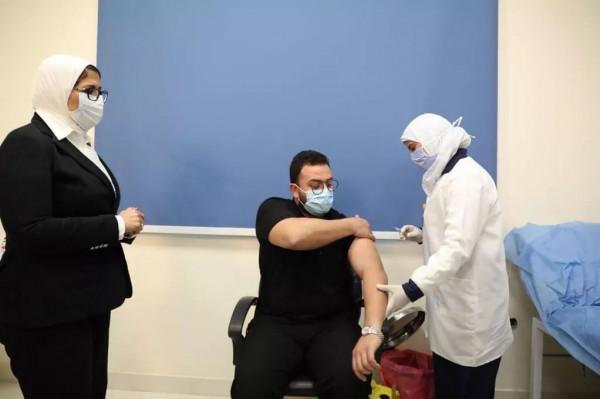 بلقاح سينوفارم الصيني.. مصر: إطلاق حملة التطعيم ضد فيروس (كورونا)