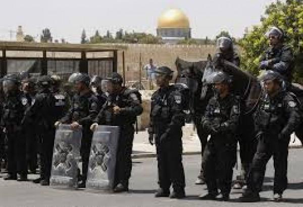 الاحتلال يبعد المحرر رامي الفاخوري عن الأقصى لـ6 أشهر