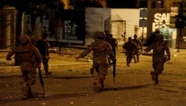 لبنان: إصابة تسعة من عناصر مكافحة الشغب بينهم ثلاثة ضباط