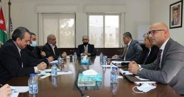 """""""أبوغزاله العالمية"""" و""""الاقتصادي والاجتماعي"""" يبحثان سبل تعزيز التعاون"""