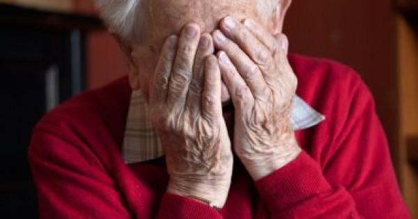 كيف تؤثر الوحدة على صحة كبار السن ؟