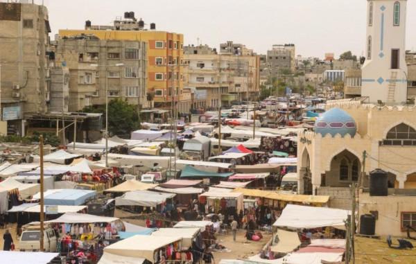 بلدية خانيونس تُعفي بائعي سوق الأربعاء من الرسوم للأسبوع الثاني على التوالي