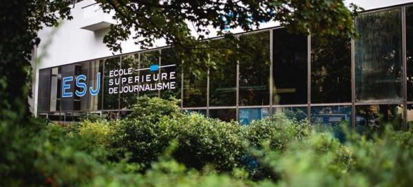 الجامعة العربية الأمريكية توقع اتفاقية تعاون مع المدرسة العليا للصحافة في باريس