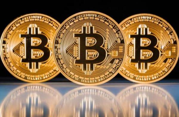 بيل غايتس يحذر من الانجرار وراء العملة الرقمية (بتكوين)