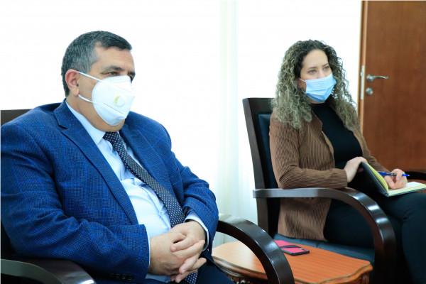 سلمان يبحث مع ممثل هنغاريا سُبل تعزيز الدعم الهنغاري للقطاع التعليمي والصحي ببيت لحم