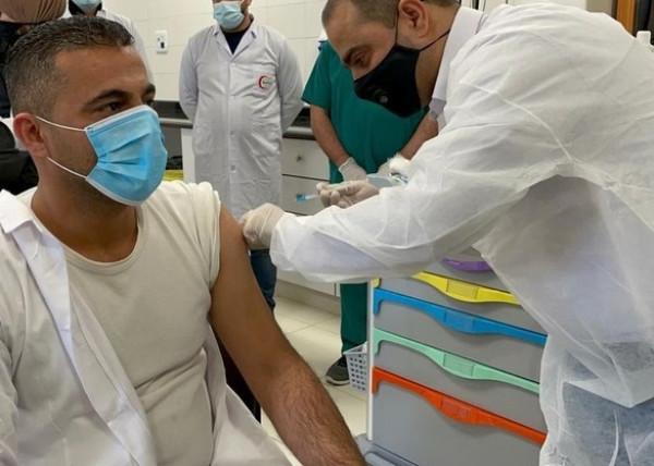 """""""الصحة"""" تصدر بياناً بشأن جرعات اللقاحات التي تم تسلمها والجهات التي حصلت عليها"""