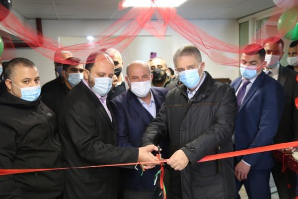 السفير دبور يفتتح قسم العمليات في مستشفى حيفا ببرج البراجنة
