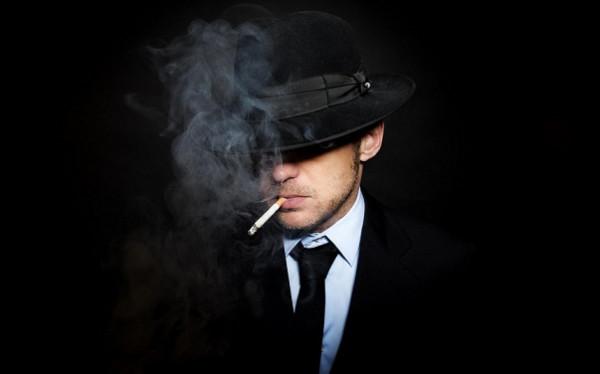 زعيم عصابة إجرامية يشتكي من قلة أرباحه.. فما السبب ؟