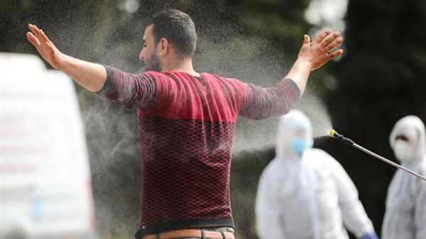 سلطات الاحتلال تعلن تأجيل حملة تطعيم العمال الفلسطينيين