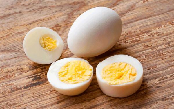 كم بيضة يسمح لنا بتناولها في الأسبوع ؟