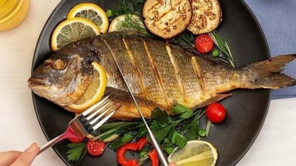 تعرف على أفضل وأسوأ أنواع السمك على صحتك