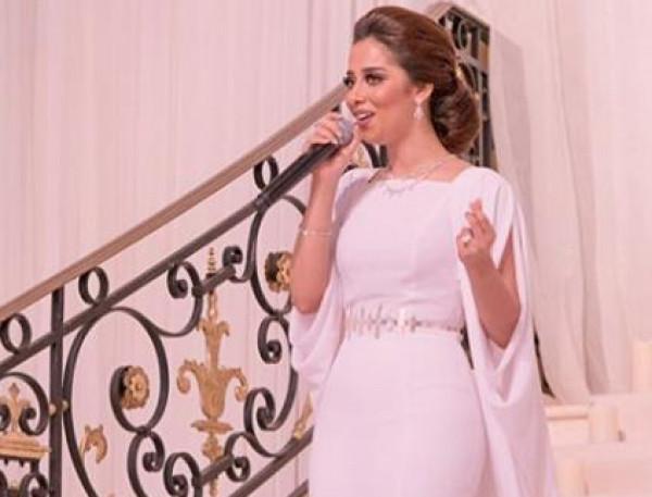 من وحي فنانات الخليج.. إليكِ أجمل فساتين الزفاف