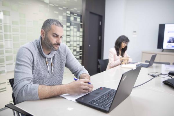 مدينة روابي الفلسطينية تشارك في القمة الأوروبية لإدارة التكنولوجيا والهندسة
