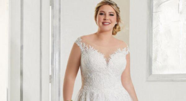 شاهدي: أجمل فساتين الزفاف للعروس الممتلئة