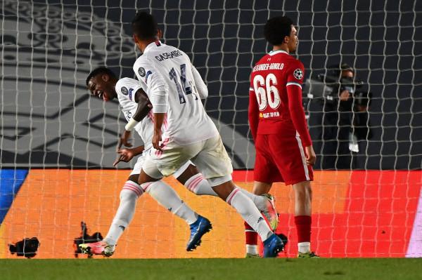 شاهد: ريال مدريد يهزم ليفربول بثلاثية ويقترب من نصف نهائي دوري الأبطال