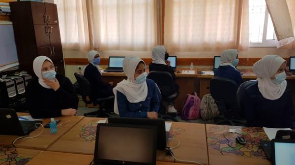 وفد من وزارة التعليم ومديرية شمال غزة يتفقدان تطبق الدراسة الدولية PISA