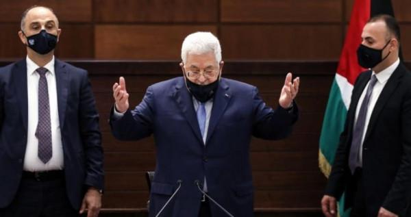 الرئاسة الفلسطينية تعلق على قراري الإدارة الأمريكية الالتزام بحل الدولتين وإعادة المساعدات المالية