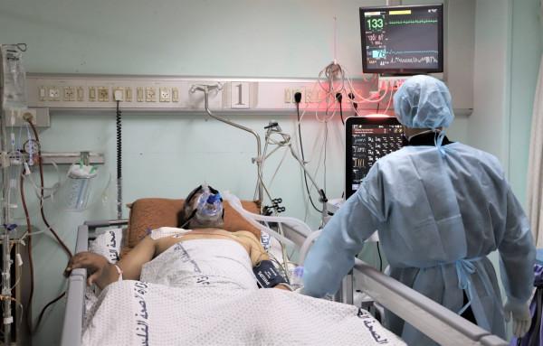 قطاع غزة: تسجيل أرقام قياسية بعدد الإصابات اليومية لفيروس (كورونا) وارتفاع كبير بالوفيات