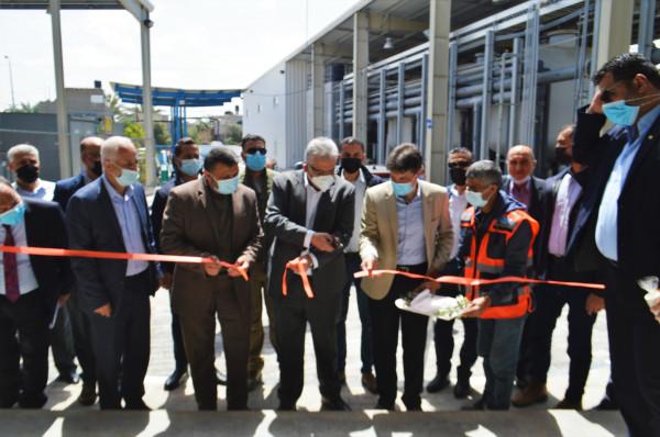 رئيس سلطة المياه يفتتح المرحلة الثالثة من محطة تحلية مياه البحر للمحافظة الوسطى