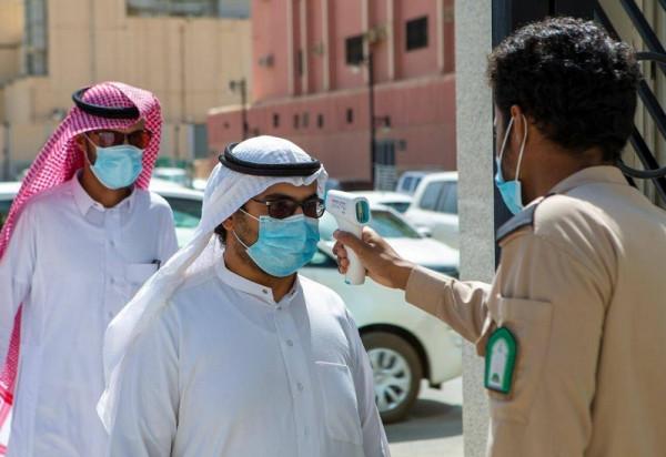 الصحة السعودية: تراجع الإصابات اليومية بـ(كورونا) إلى ما تحت الـ800