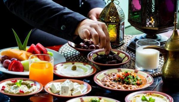 ما أهم الأطعمة الضرورية و الممنوعة في السحور بشهر رمضان ؟