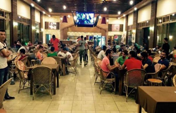 """""""هيئة المطاعم"""" بغزة: انهيار واسع بالقطاع السياحي بعد قرار منع تحرك المركبات يومياً"""