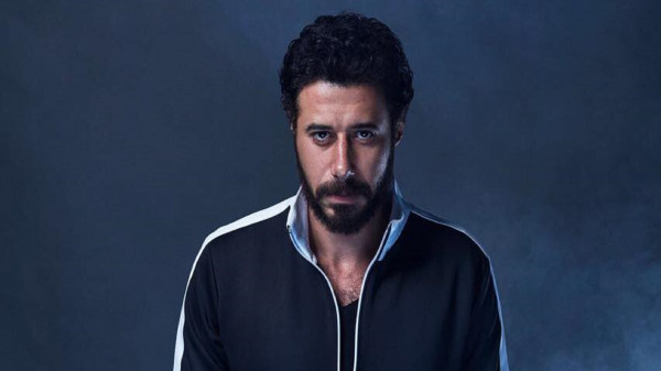 """شاهد: أحمد السعدني عن مسلسلات رمضان """"أعلن انسحابي من المهزلة"""".. ما القصة ؟"""