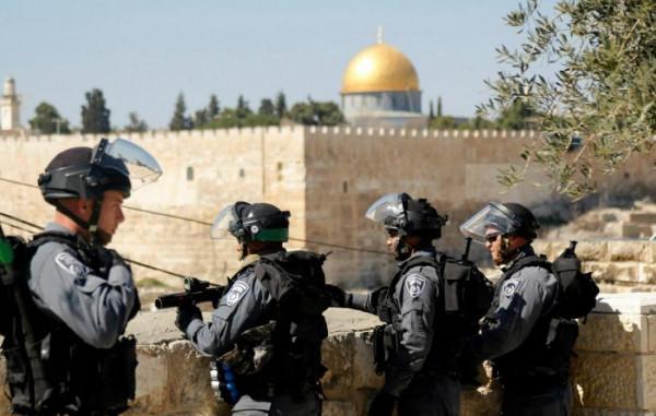 حماس تعلق على إقدام الاحتلال بقطع أسلاك مكبرات الصوت بالأقصى