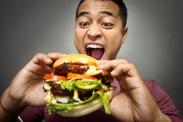 لماذا يشعر البعض طوال الوقت بالجوع المفرط ؟