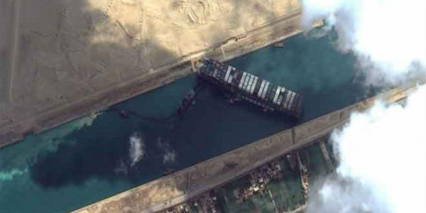 """الشركة المشغلة لـ """"إيفرغيفن"""": قرار مصر حجز السفينة محبط للغاية"""