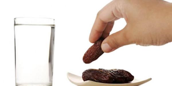 نصائح طبية يوصي بها الأطباء لتلافي المشاكل الصحية خلال شهر رمضان