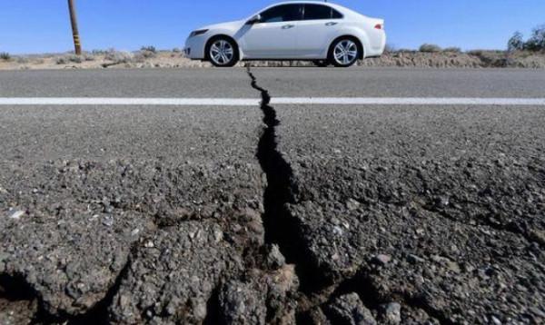 هزة أرضية تعيد تشغيل ساعة عمرها 100 عام عطّلها زلزال منذ سنوات