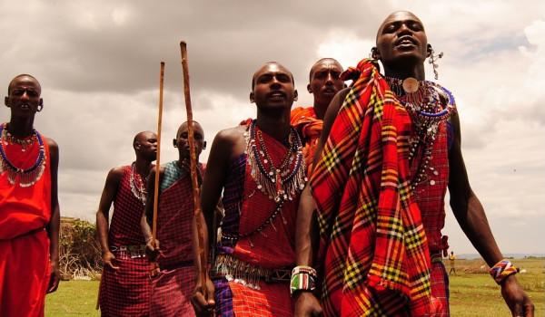 تعرف على أغرب العادات و التقاليد الإفريقية.. مثيرة للدهشة