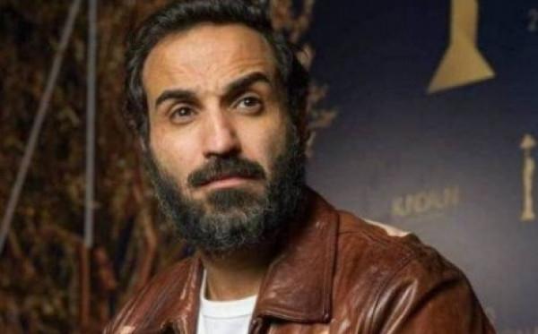 """شاهد: أحمد فهمي يهاجم فنانة مصرية """"إخرسي"""".. ما القصة ؟"""