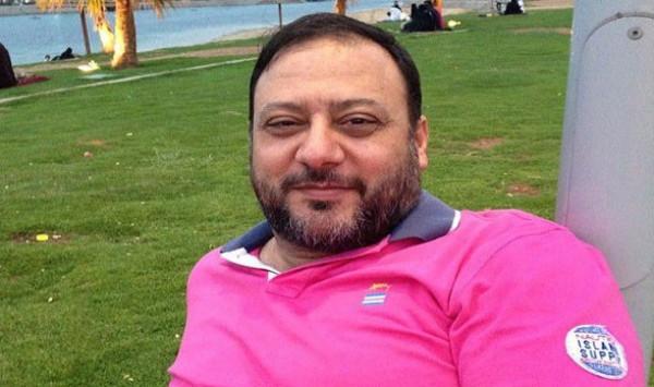 شاهد: خالد مقداد في العناية المركزة.. وهذا ما قاله عصومي عن حالته