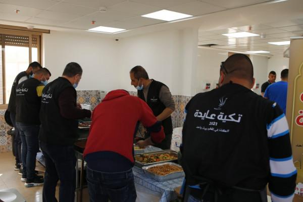 تكية عايدة توزع أكثر من 4500 وجبة إفطار بالأسبوع الأول من رمضان
