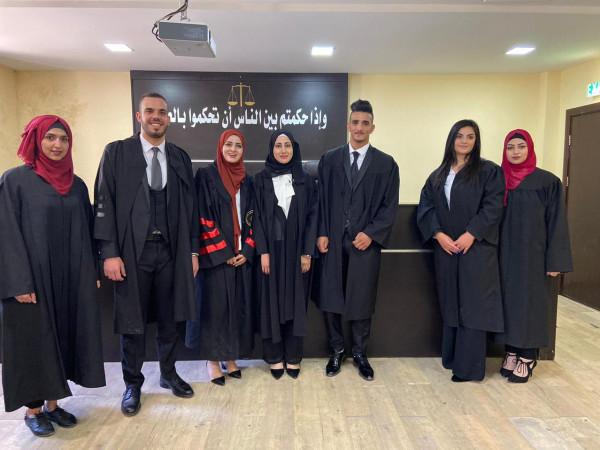 جامعة القدس تنظم مسابقة في المرافعات الجزائية لطلبة مساق المحكمة الصورية