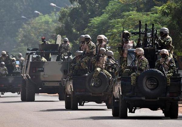 مقتل 32 شخصاً شمال بوركينا فاسو وفرار العشرات للنيجر بعد هجوم مسلح